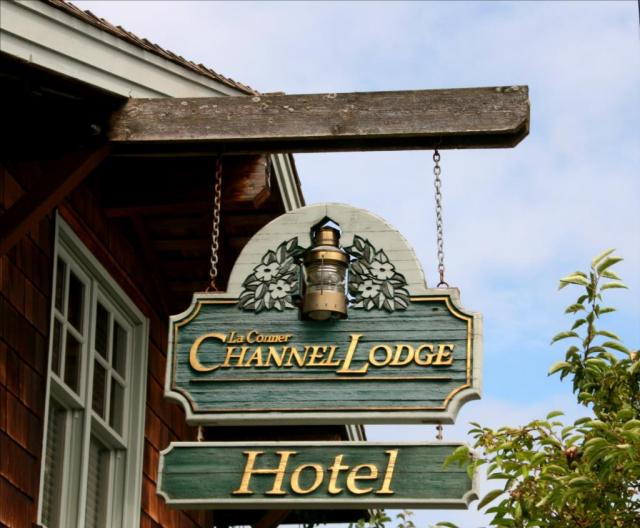Channel Inn Lodge