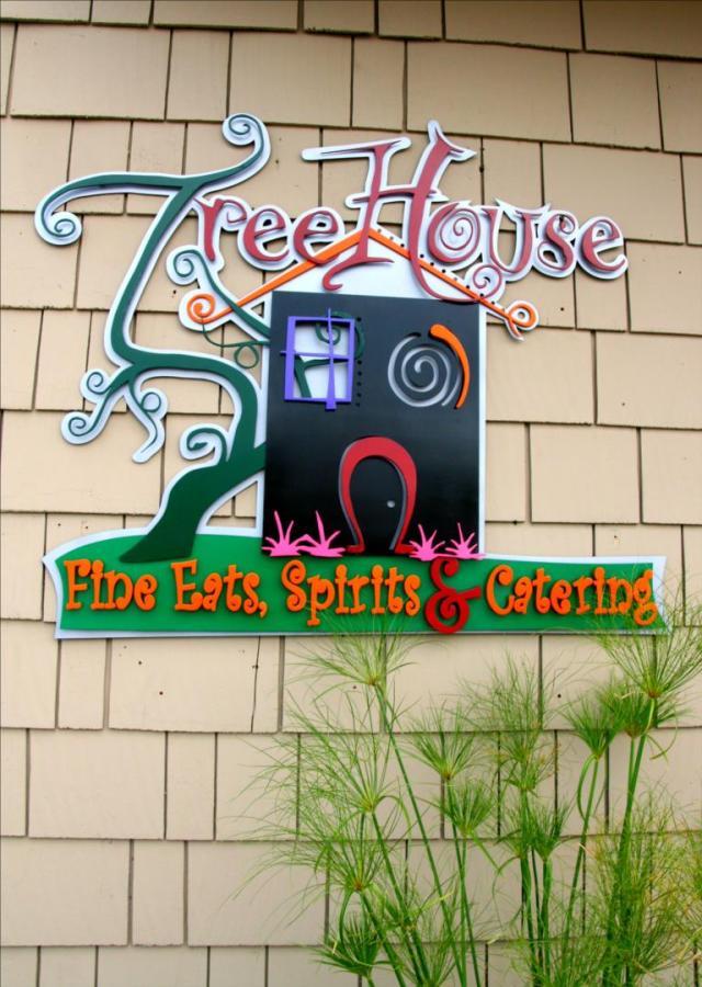 Tree House Eats